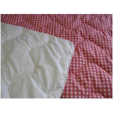 4 metų laikų antklodė susegta spaudėmis, 140x200 cm 8