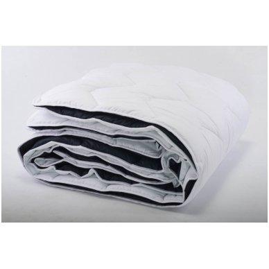 4 metų laikų antklodė susegta spaudėmis, 200x220 cm 2