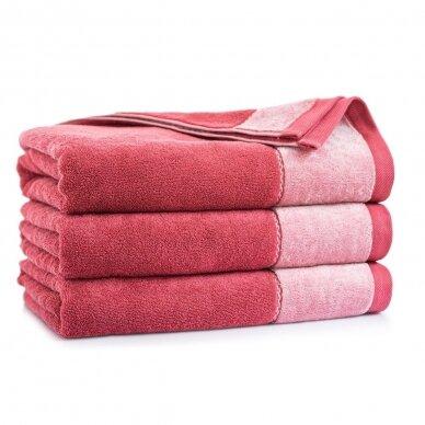 """Antibakterinis Egipto medvilnės vonios rankšluostis """"Megana"""" (avietinis)"""
