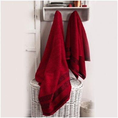 """Bambukinis rankšluostis """"Raudonas Šokis"""", 70x130 cm"""
