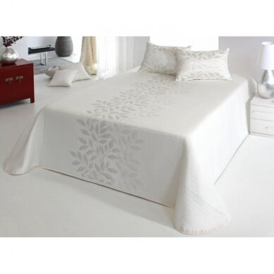 "Lovatiesė ""Baltasis perlas"", 250x270 cm 2"