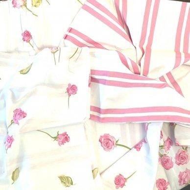"""Dvipusis patalynės komplektas """"Rožiniai žiedeliai"""", 2 dalių, 140x200 cm 3"""