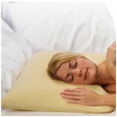 Klasikinės formos viskoelastinė pagalvė 68x48cm