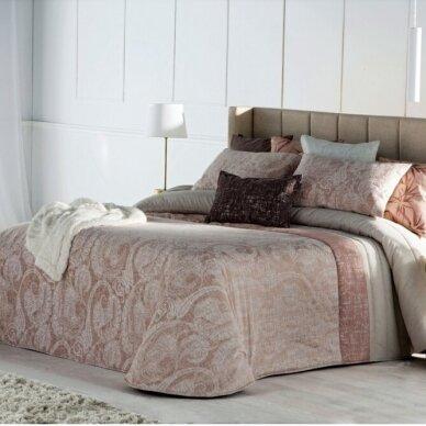 """Lovos užtiesalas """"Inara"""", 250x270 cm su pagalvių užvalkaliukais"""