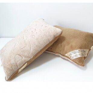 """Merinosų vilnos pagalvė """"Kamilė"""", 50x70 cm"""