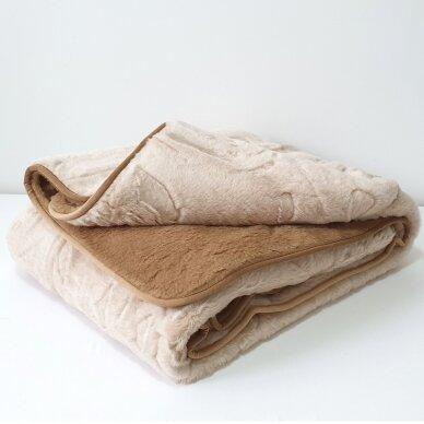 """Merinosų vilnos antklodė """"KAMILĖ"""" (dvipusė), 140x205 cm 3"""