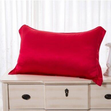 Mulberry šilko pagalvės užvalkalas (raudona), 22 momai (M/M)