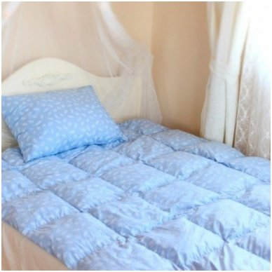 """Pūkinė antklodė """"Lunksnelė"""" 140x200 cm 2"""