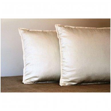 Rankų darbo pagalvė su avių vilnos ir porolono užpildu, 50x70 cm 3