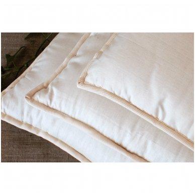 Rankų darbo pagalvė su avių vilnos ir porolono užpildu, 50x70 cm 2