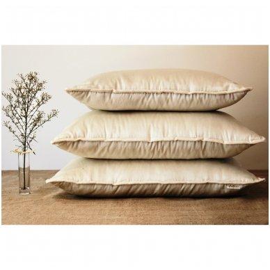 Rankų darbo pagalvė su avių vilnos ir porolono užpildu, 50x70 cm 4