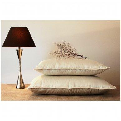 Rankų darbo pagalvė su 100% avių vilnos užpildu, 50x70 cm 5