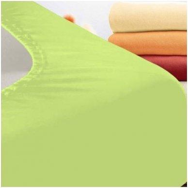 Trikotažinė paklodė su guma (salotinė)