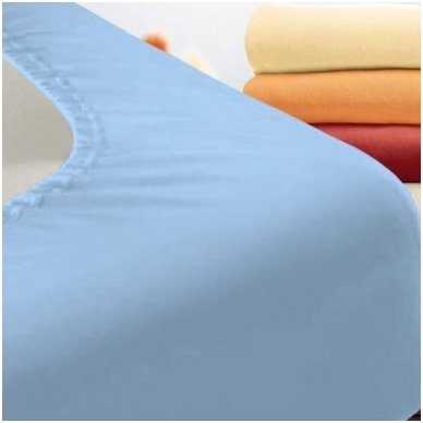 Trikotažinė paklodė su guma (žydra)