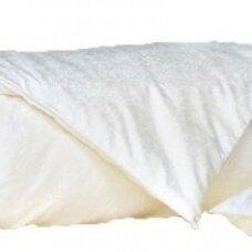 Universali antklodė su natūralaus Mulberry šilko užpildu, 200x200 cm (1 kg)