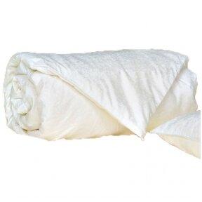 universali-antklode-su-naturalaus-mulberry-silko-uzpildu-140x200-cm-1-kg-1-1