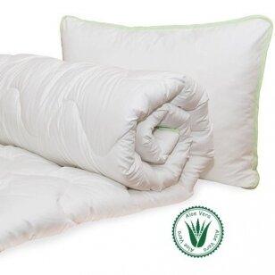 Universali antklodė Aloe vera (200x220 cm) + Pagalvė Aloe Vera (50x70 cm)