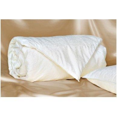 Universali antklodė su natūralaus Mulberry šilko užpildu, 220x240 cm (2 kg) 2