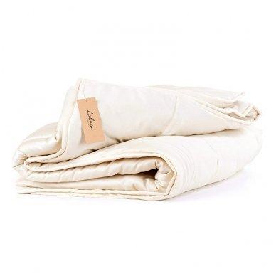 Universali rankų darbo su vilnos užpildu antklodė (450 g/m²), 200x200 cm
