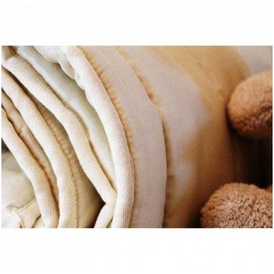 Vasarinė rankų darbo su vilnos užpildu antklodėlė, 100x130 cm 2