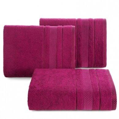 """Veliūrinis bambukinis vonios rankšluostis """"Runa"""" (ciklameno)"""