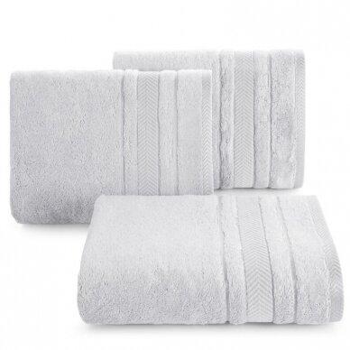 """Veliūrinis bambukinis vonios rankšluostis """"Runa"""" (sidabro)"""