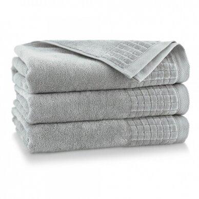 """Veliūrinis Egipto medvilnės rankšluostis """"Karla"""" (šviesiai pilkas)"""