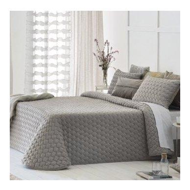 """Velveto lovos užtiesalas """"Naroa Beig"""", 250x270 cm (pilkšvai smėlinė)"""