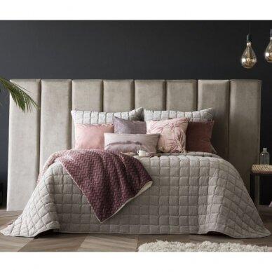 """Velveto lovos užtiesalas """"Marinel Beige"""", 250x270 cm (pilkšvai smėlinė) (su pagalvių užvalkaliukais) 2"""
