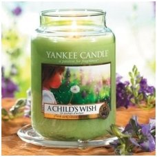 "Yankee Candle kvepianti žvakė ""A Child's Wish"", 411 g."