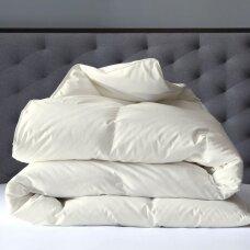Žąsų pūkų (70%-pūkų, 30%-plunksnų) antklodė su tiku EXCLUSIVE ULTRA , 180x200 cm