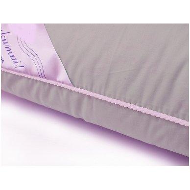 Žąsų plunksnų ir pūkų pagalvė (15%-pūkų, 85%-plunksnų), 60x60 cm 3