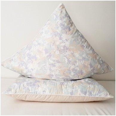 Žąsų pūkų ir plunksnų pagalvė (90%-pūkų, 10%-plunksnų), 68x68 cm 2