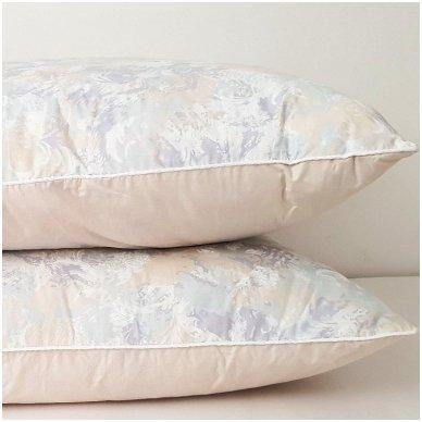 Žąsų pūkų ir plunksnų pagalvė (90%-pūkų, 10%-plunksnų), 68x68 cm