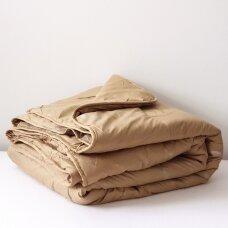 Žieminė antklodė su kupranugario vilnos užpildu (450 g/m2), 200x230 cm