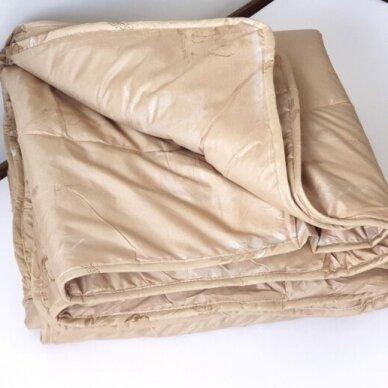 Žieminė antklodė su kupranugario vilnos užpildu (450 g/m²), 200x200 cm 2