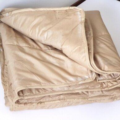 Žieminė antklodė su kupranugario vilnos užpildu (450 g/m2), 200x220 cm 2