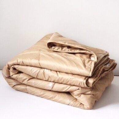 Žieminė antklodė su kupranugario vilnos užpildu (450 g/m2), 220x240 cm 4