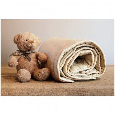 Žieminė rankų darbo su vilnos užpildu antklodėlė, 100x130 cm 3